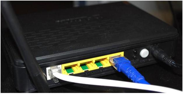 Подсоединение провода к маршрутизатору